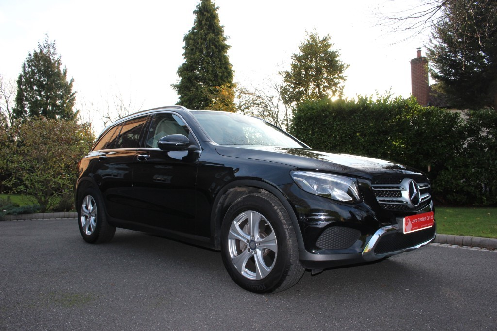 used Mercedes GL C-CLASS GLC 250 D 4MATIC SPORT PREMIUM in knutsford-cheshire