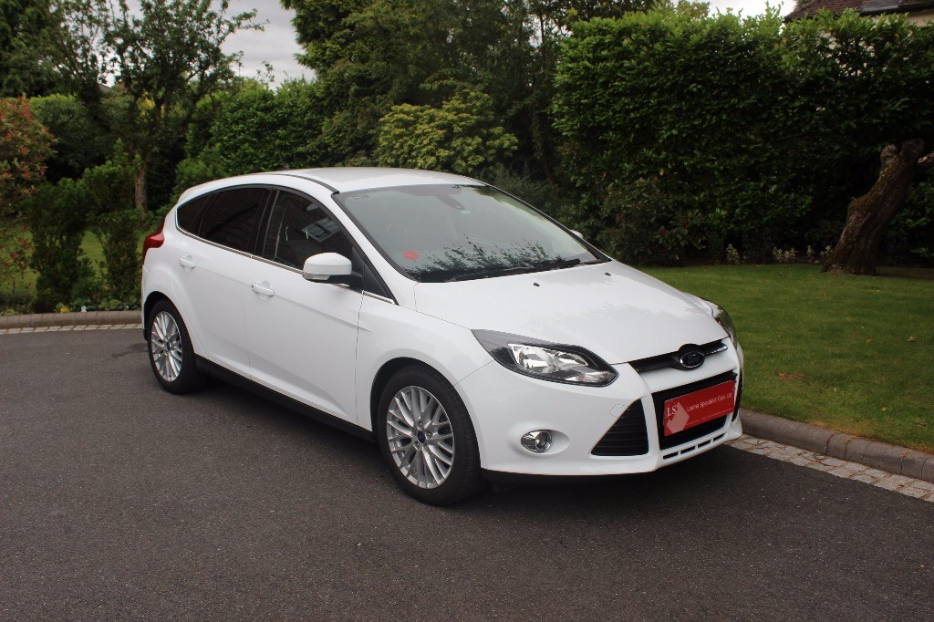 used Ford Focus ZETEC NAVIGATOR in knutsford-cheshire