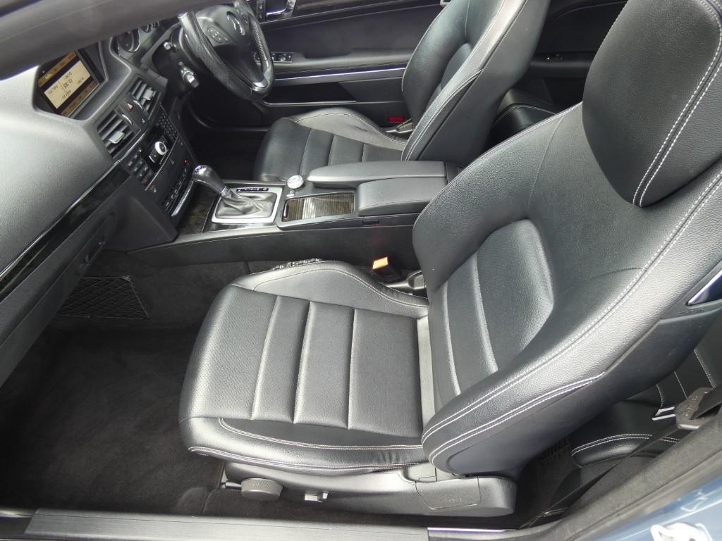 Mercedes E220