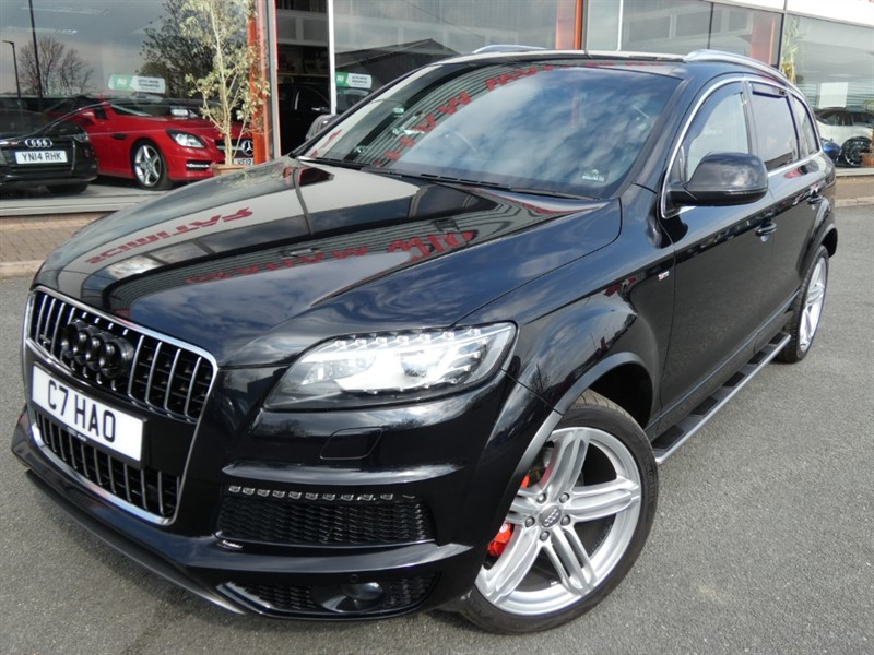 used Audi Q7 TDI QUATTRO S LINE PLUS + 2 OWNERS + FASH + DVD IN REAR HEADREST'S + SAT-NAV + PAN-ROOF + in chester