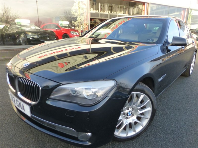 used BMW 730Ld SE + FBMWSH + SAT-NAV + PRIVACY GLASS + F & R PARKING + STUNNING EXAMPLE ++ in chester