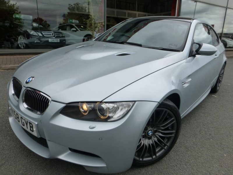 used BMW M3 + EDC + SAT-NAV + HEATED LEATHER + FSH + STUNNING CONDITIONG + CARBON ROOF  in chester