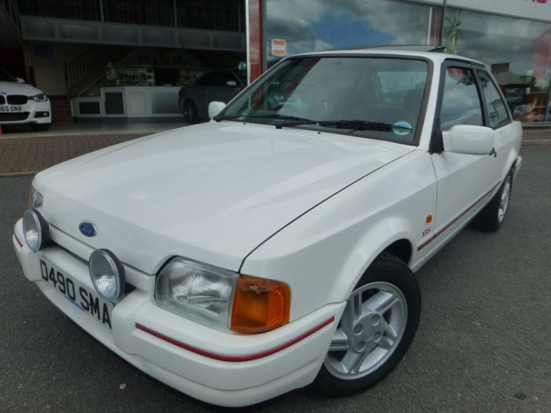 used Ford Escort XR3I + 1 OWNER GARAGED FROM NEW + ONLY 500O MILES + AS NEW CONDITION + WOW in chester