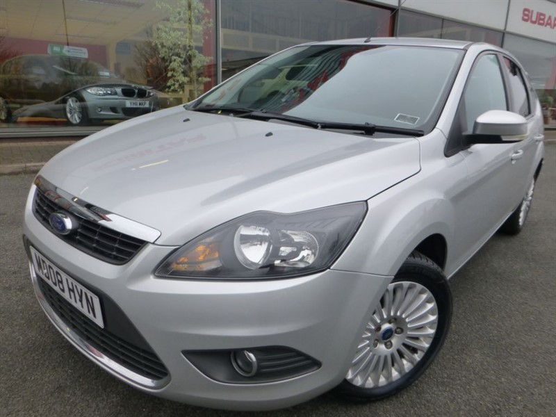"used Ford Focus TITANIUM + AIR-CON +  16"" ALLOYS + PRIVACY GLASS + LOCAL CAR + in chester"