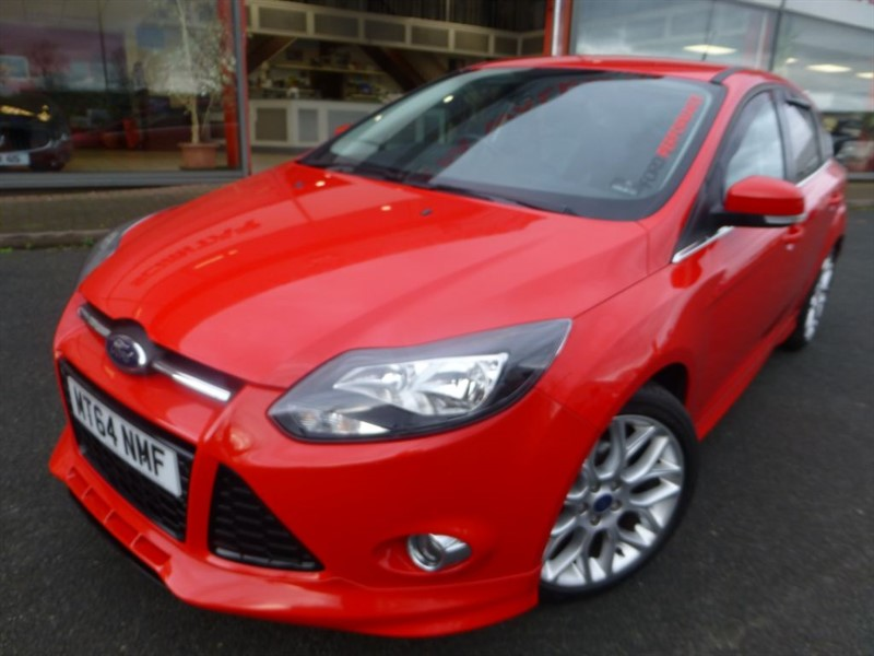 "used Ford Focus ZETEC S S/S + LOW MILES + FFSH + TWIN EXHAUST + 18"" ALLOYS + STUNNING +++++ in chester"