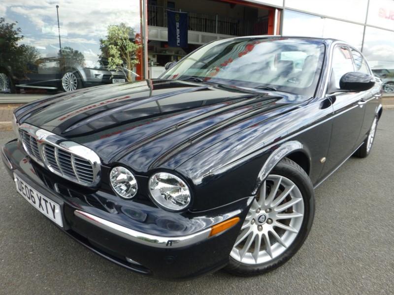 used Jaguar XJ TDVI EXECUTIVE + SAT-NAV + 1 OWNER + LOW MILES +  in chester