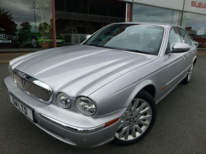 used Jaguar XJ V8 SE + SAT-NAV + FSH + LOCAL CAR + REAR ENTERTAINMENT + LOVELY EXAMPLE +++ in chester