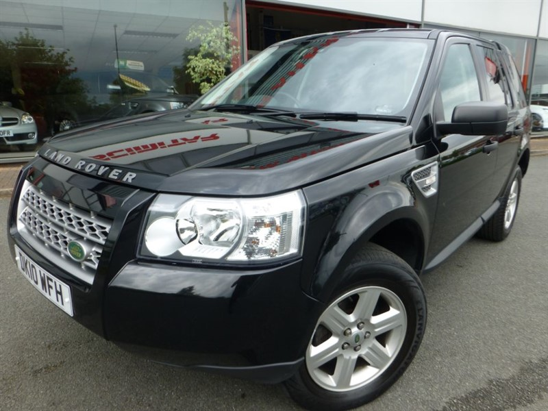 used Land Rover Freelander TD4 E S + 1 LOCAL OWNER + PRIVACY GLASS + STUNNING CONDITION in chester