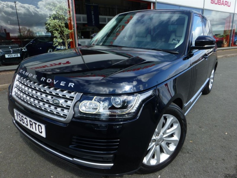 used Land Rover Range Rover SDV8 VOGUE + HUGE SPEC + LOW MILES + FLSH + SAT-NAV + LOCAL CAR + AS NEW in chester