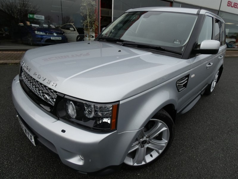 used Land Rover Range Rover Sport SDV6 HSE LUXURY + LOW MILES + FSH + PRIVACY GLASS + SAT-NAV + LUX PACK in chester