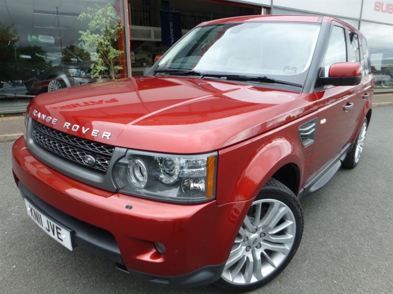 used Land Rover Range Rover Sport TDV6 HSE + FLSH + SAT-NAV + PRIVACY GLASS + LOVELY COLOUR + HEATED LEATHER  in chester
