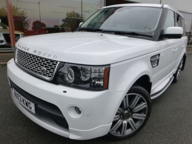 used Land Rover Range Rover Sport SDV6 AUTOBIOGRAPHY SPORT +FSH + WOW FACTOR + REVERSE CAMERA + PRIVACY GLASS in chester
