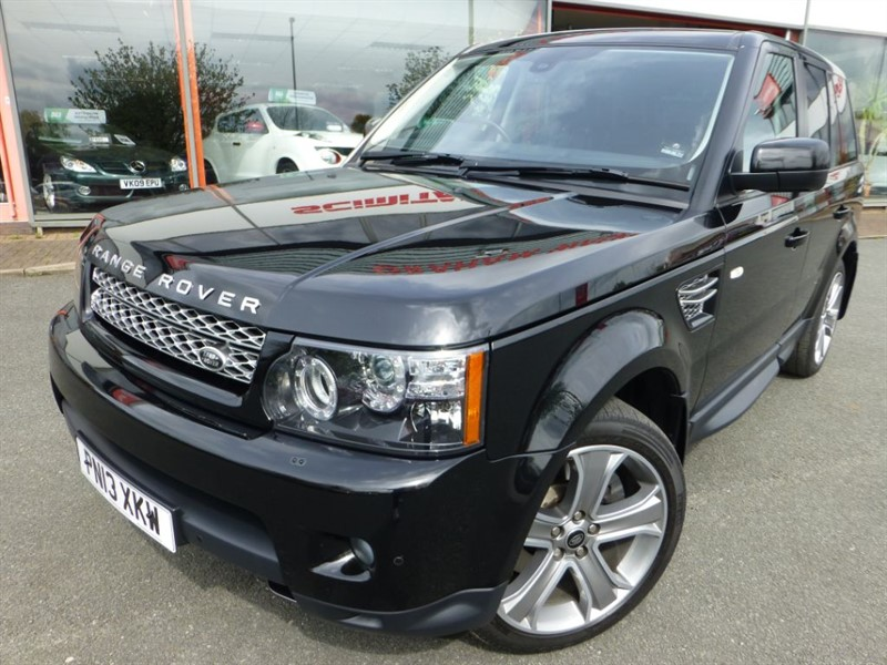 used Land Rover Range Rover Sport SDV6 HSE BLACK EDITION + FSH + SAT-NAV + LOW MILES + BEAUTIFUL EXAMPLE  in chester