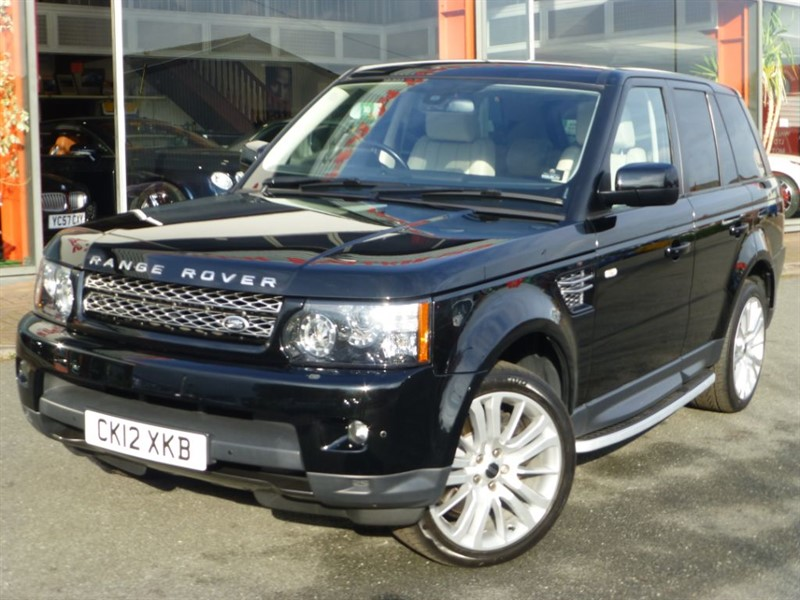 used Land Rover Range Rover Sport SDV6 HSE + CREAM LEATHER + NAV + SIDE STEPS+ PRIVACY GLASS + 2 OWNERS + FSH in chester