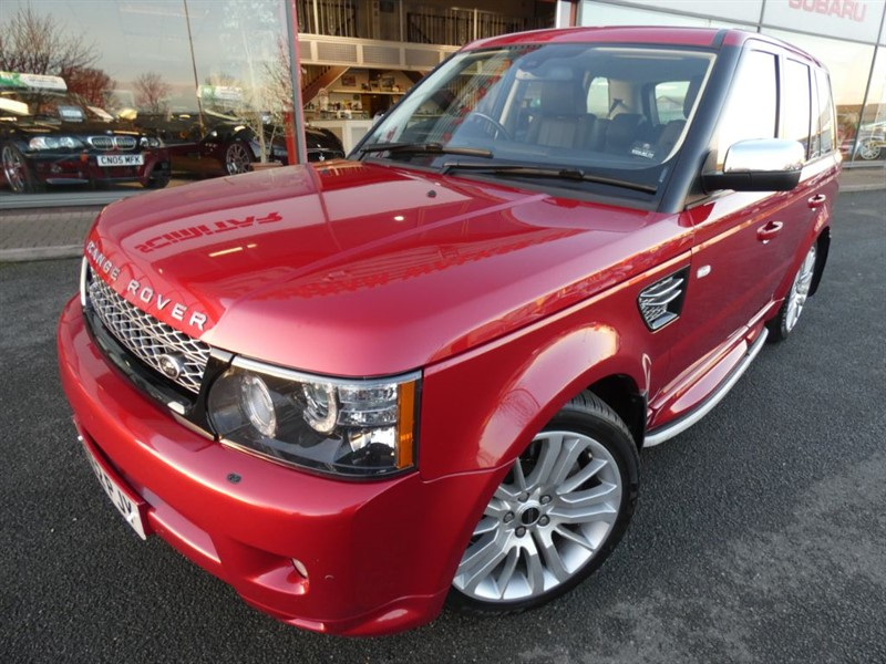 used Land Rover Range Rover Sport SDV6 HSE + 2 OWNERS + FSH + REAR VIEW CAMERA + LOW MILES + STUNNING EXAMPLE in chester