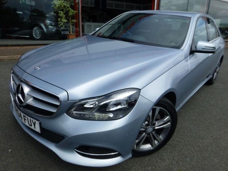 used Mercedes E220 BLUETEC SE + SAT-NAV + FSH + HEATED LEATHER + LADY OWNER +  in chester