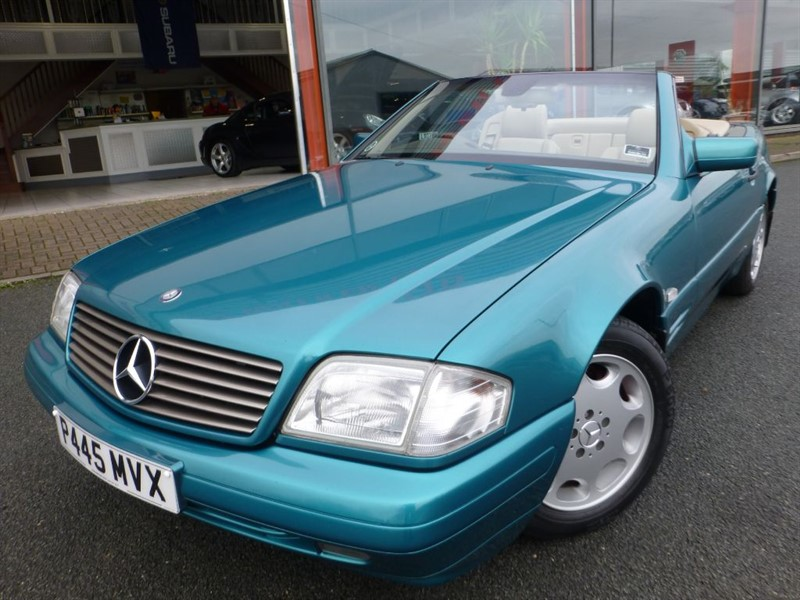 used Mercedes SL280 LOW MILES + LOVELY CONDITION & COLOUR + FACTORY HARDTOP INC  in chester