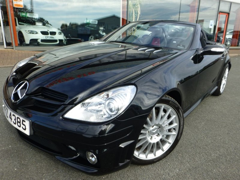 used Mercedes SLK SLK55 AMG + FMSH + TWO TONE LEATHER + BEST COLOUR + VERY RARE SUPER CAR PER in chester