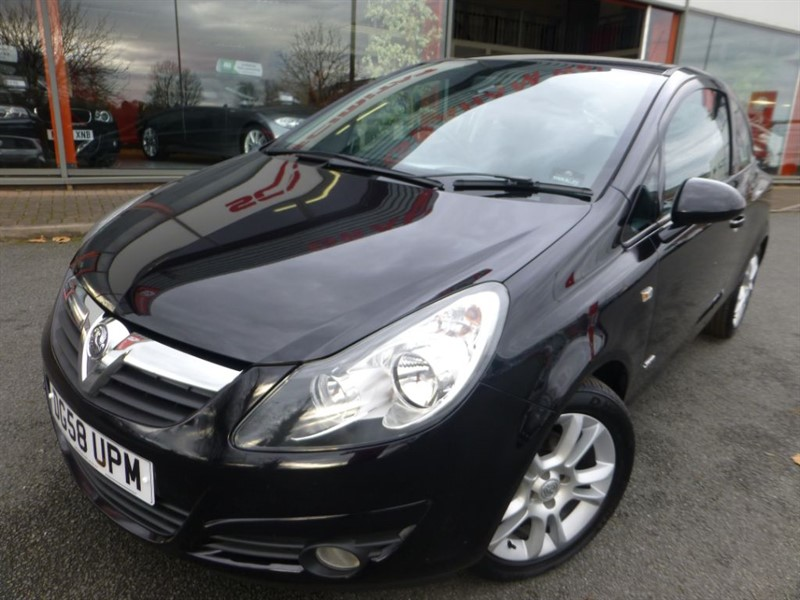 used Vauxhall Corsa SXI A/C 16V + AUTOMATIC + FSH + TIMING CHAIN RENEWED + JUST SERVICED +  in chester
