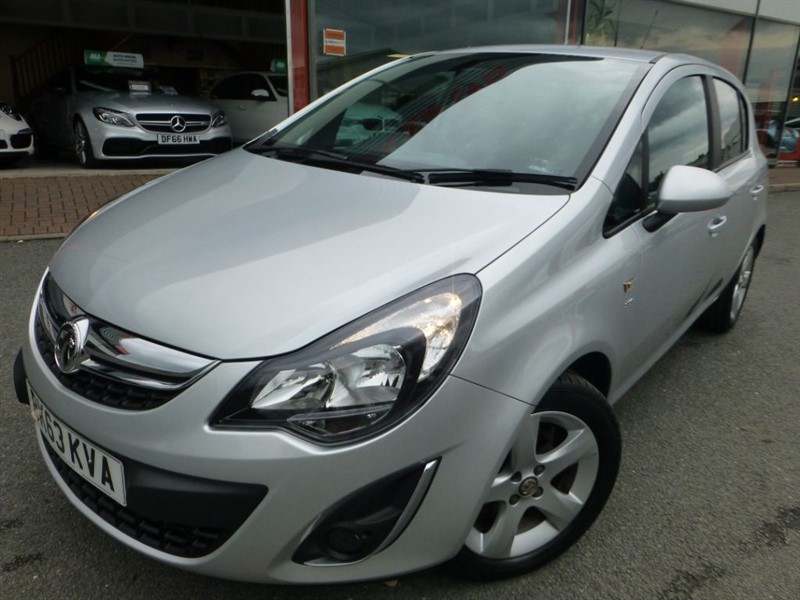 used Vauxhall Corsa SXI AC + ONLY 7000 MILES + 1 ELDERLY LOCAL OWNER + ALLOY WHEELS + AS NEW  in chester