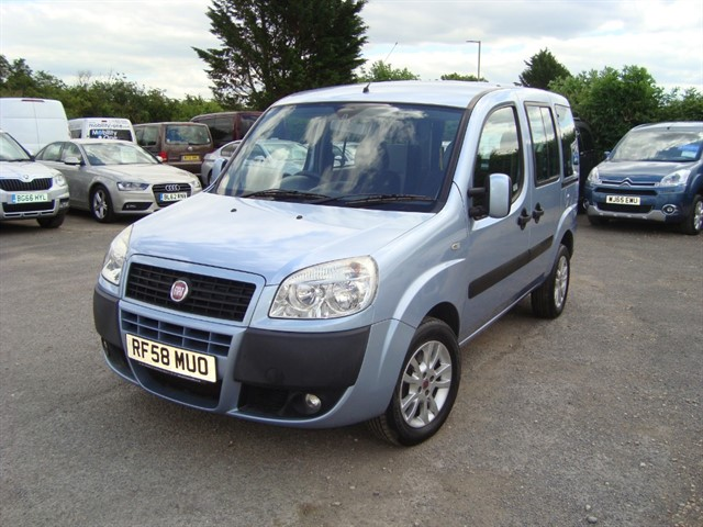 used Fiat Doblo 8V DYNAMIC H/R WHEELCHAIR ACCESSIBLE in oxford