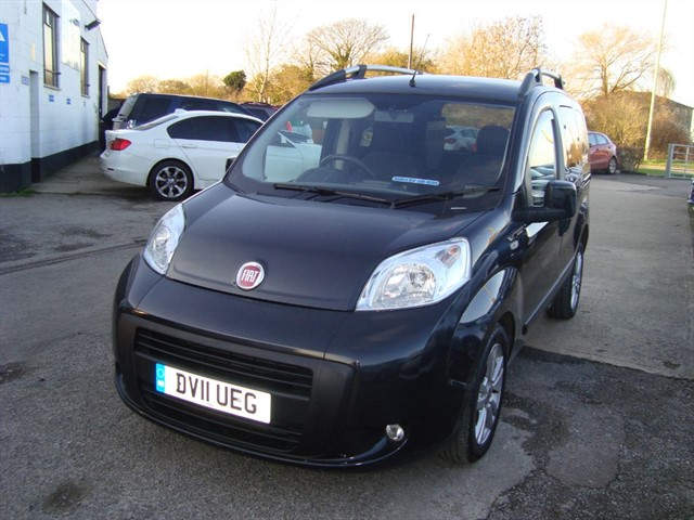 used Fiat Qubo MULTIJET DYNAMIC DUALOGIC UP FRONT WHEELCHAIR OPTIONS in oxford