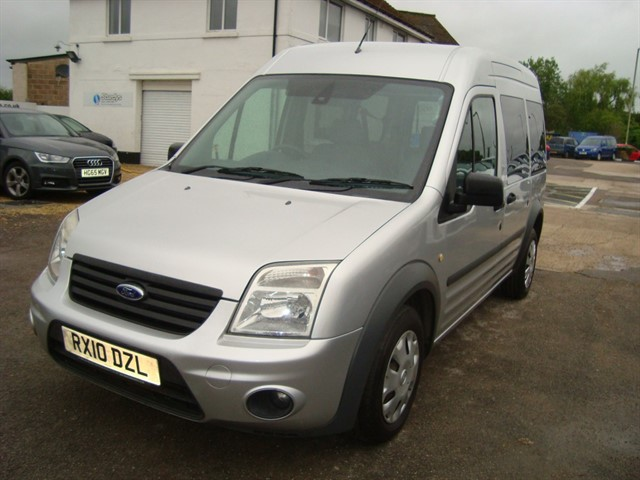 used Ford Tourneo Connect TREND TDCI WHEELCHAIR ACCESSIBLE in oxford