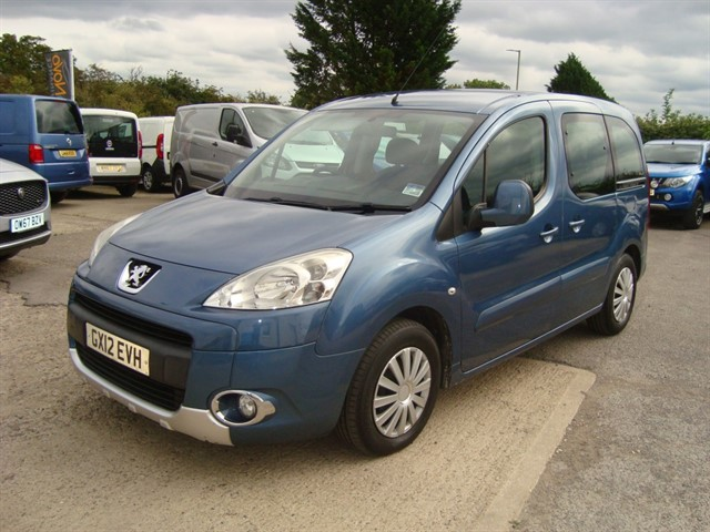 used Peugeot Partner Tepee E-HDI TEPEE S WHEELCHAIR ACCESSIBLE in oxford