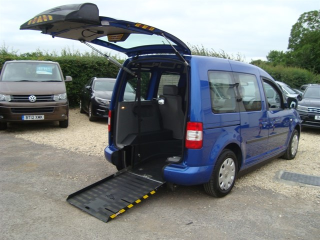 used VW Caddy LIFE TDI DRIVE FROM WHEELCHAIR ! in oxford