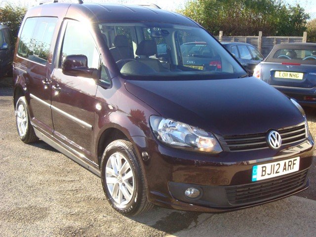 used VW Caddy C20 LIFE TDI DRIVE FROM WHEELCHAIR ACCESSIBLE CAR in oxford