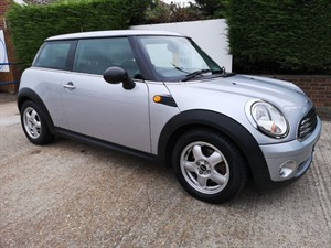 Car of the week - MINI Hatch ONE 1.4 - Only £3,495