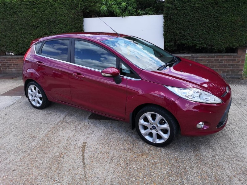 used Ford Fiesta TITANIUM 1.4 in ely-cambridgeshire