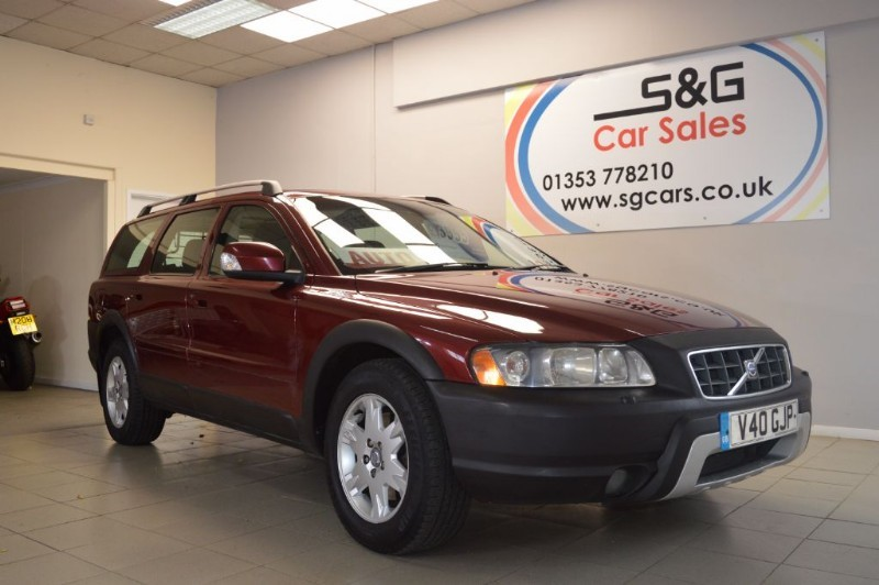 used Volvo XC70 SE D5 AWD in ely-cambridgeshire