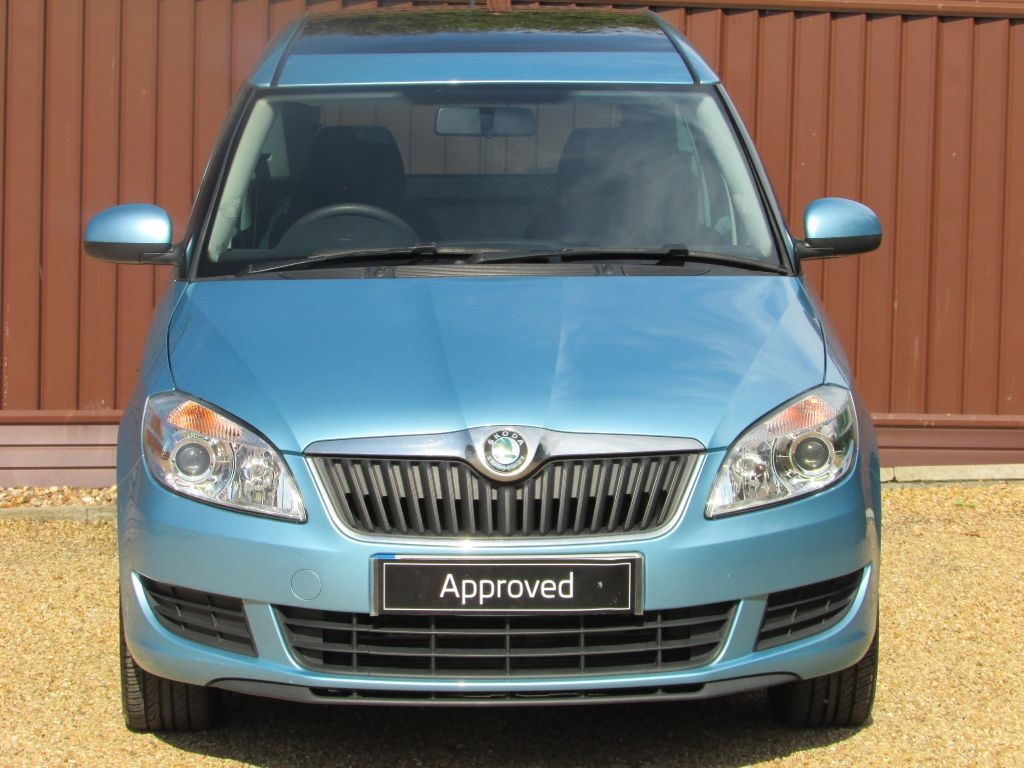 used miami blue metallic skoda roomster for sale cambridgeshire. Black Bedroom Furniture Sets. Home Design Ideas