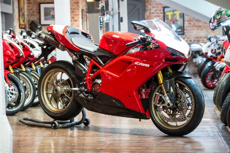 used Ducati 1098 R ORIGINAL LOW MILEAGE in sheffield-for-sale