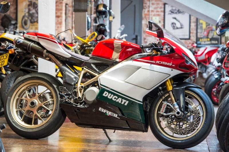 used Ducati 1098 S TRICOLORE RARE MODEL in sheffield-for-sale