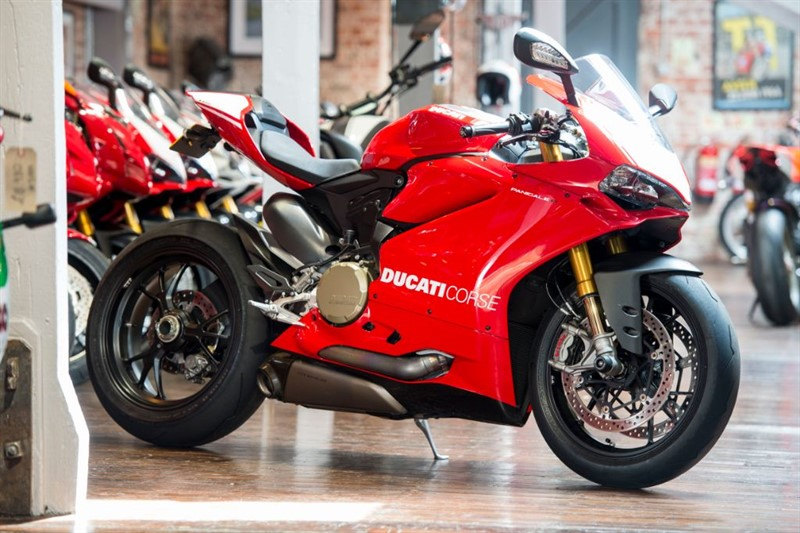 used Ducati 1199 Panigale R MARK 2 in sheffield-for-sale