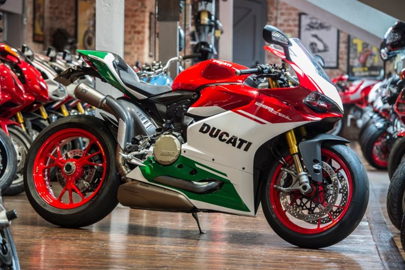 used Ducati 1299 Panigale R Final Edition - NUMBER 92 Only 1,392 MILES in sheffield-for-sale