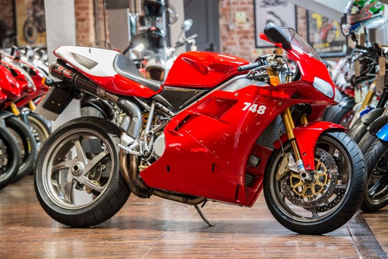 used Ducati 748 R ORIGINAL LOW MILEAGE in sheffield-for-sale
