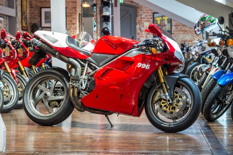 used Ducati 996 SPS ICONIC INVESTMENT OPPORTUNITY in sheffield-for-sale
