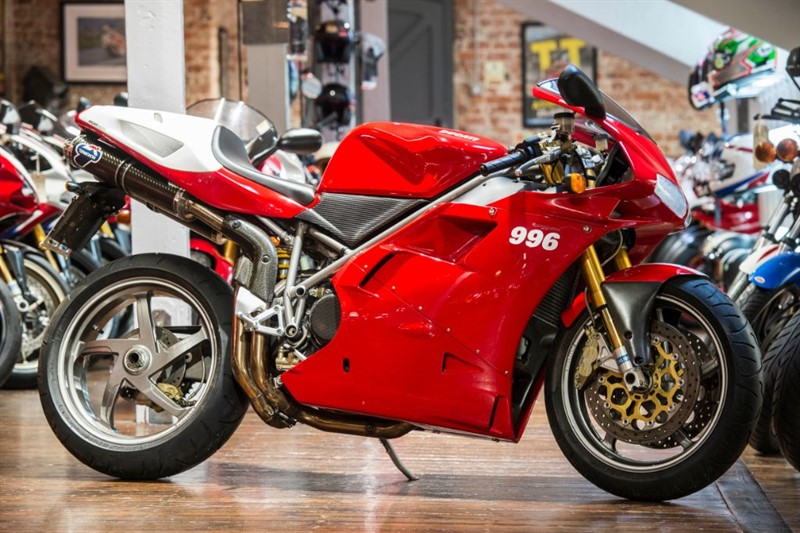 used Ducati 996 SPS ICONIC LOW MILEAGE EXAMPLE in sheffield-for-sale
