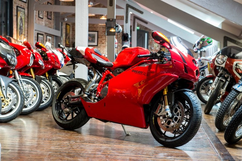 used Ducati  749R ULTIMATE COLLECTORS EDITION in sheffield-for-sale