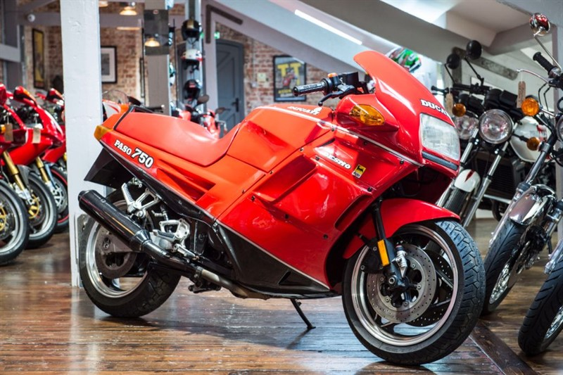 used Ducati  750 PASO COMPLETELY ORIGINAL in sheffield-for-sale
