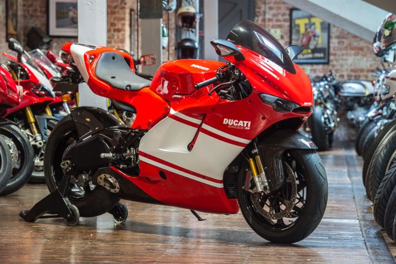 used Ducati DESMOSEDICI RR TEAM VERSION NO 998 of 1500 GP7 EXHAUST in sheffield-for-sale