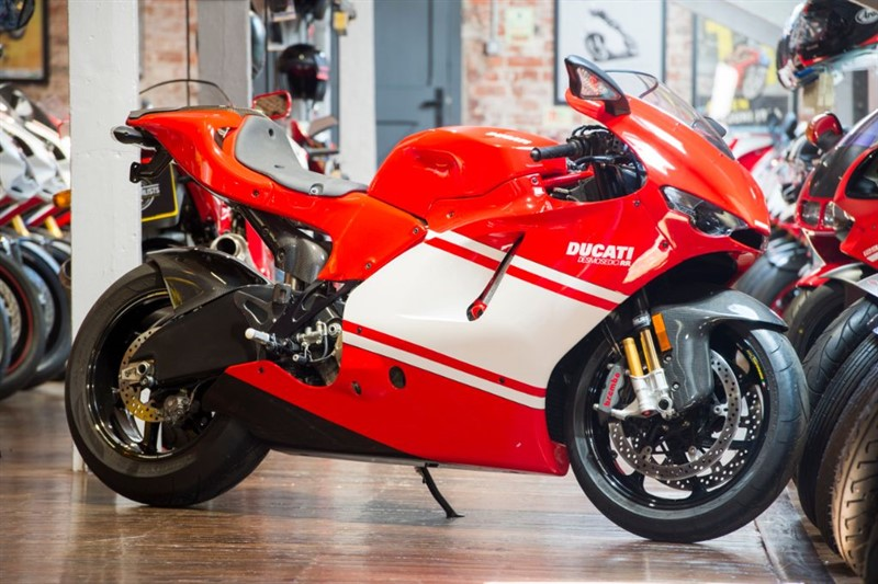 used Ducati DESMOSEDICI TEAM VERSION ONLY 261 MILES in sheffield-for-sale