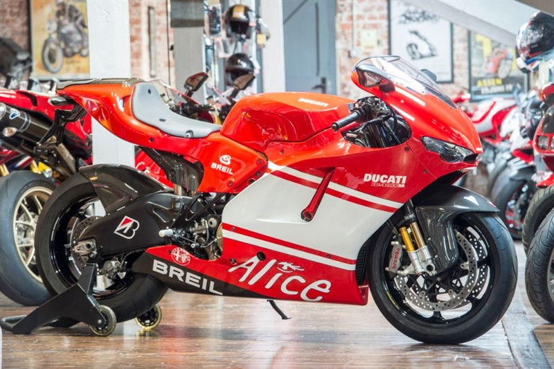 used Ducati DESMOSEDICI TEAM VERSION Number 352 of 1500 in sheffield-for-sale