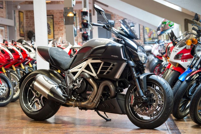 used Ducati Diavel AMG ULTRA RARE SPECIAL EDITION DEL MILES in sheffield-for-sale