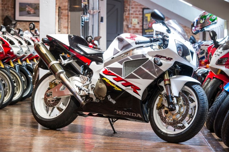used Honda VTR1000 SP2 SUPERB CONDITION in sheffield-for-sale