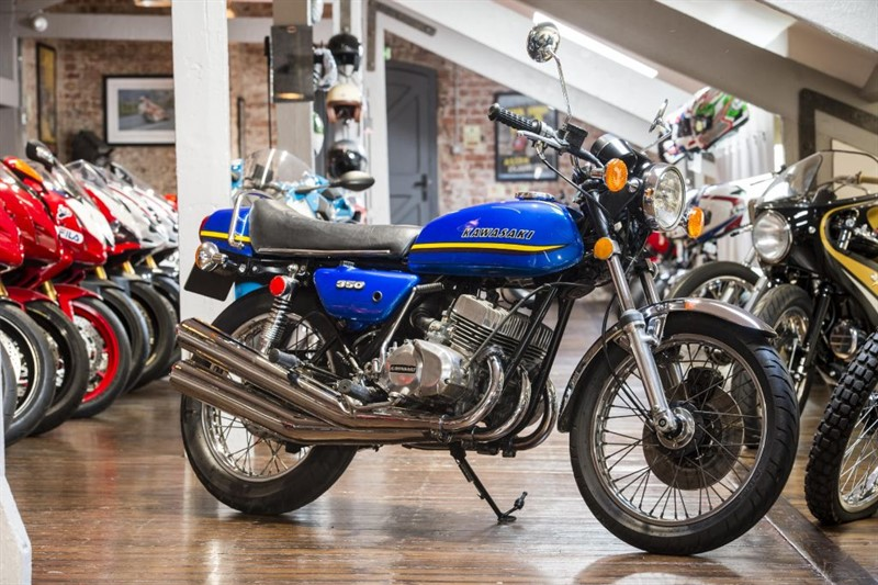 used Kawasaki  350 S2 Mach II COMPLETELY ORIGINAL in sheffield-for-sale