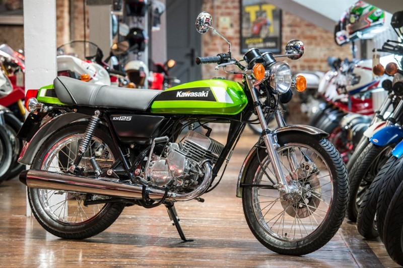 used Kawasaki KH125 A4 CONCOURS CONDITION in sheffield-for-sale